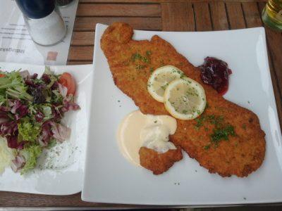Zurück in Andernach ist es kein Problem was zu Essen zu finden ;-)