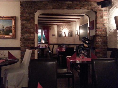 2012-09-18_Restaurant_DasGasthaus_Innenraum