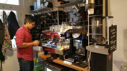 Jimmy macht Kaffee
