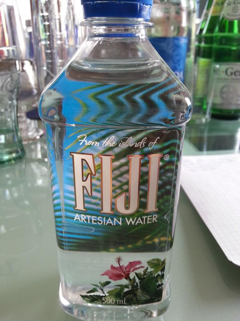 Das siliziumhaltige Fijiwasser