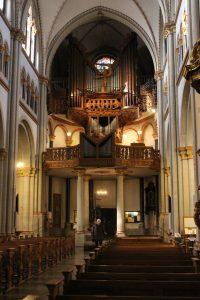 Orgel im Bonner Münster von Klais