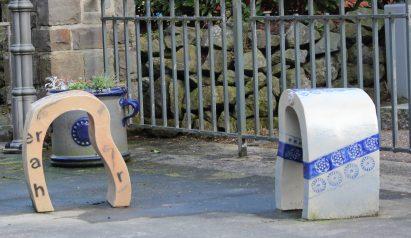 Die etwas andere Sitzegelegenheit aus Keramik in Höhr-Grenzhausen