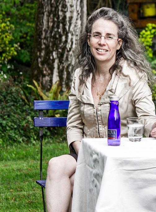 Soledad, die zertifizierte Wassersomeliere. Events mit ihr sind ein Erlebnis und ansteckend.